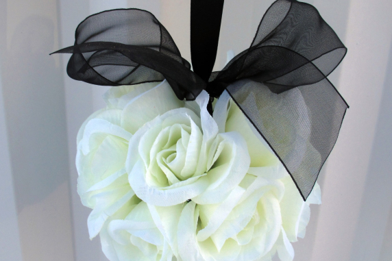 Wedding flower ball Black and white Kissing ball