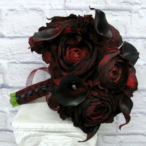 Red black wedding bouquet