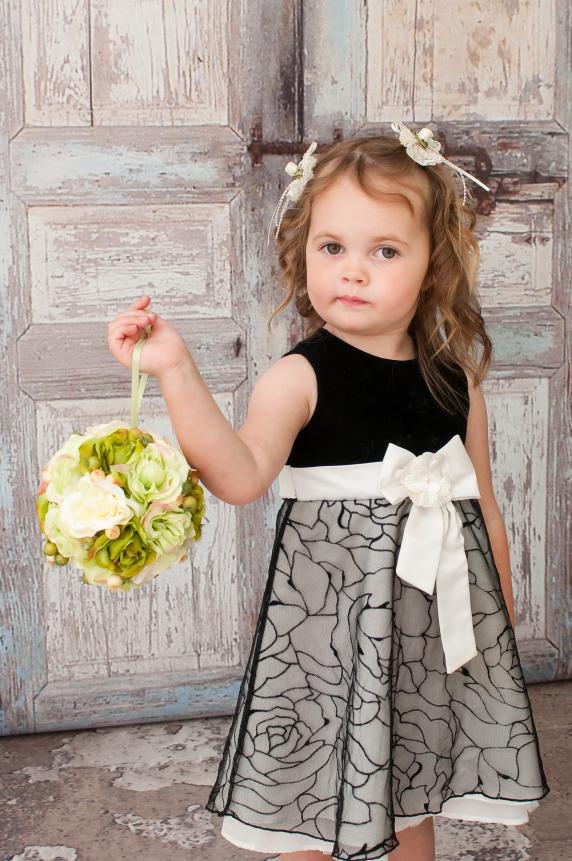 green_ivory_wedding_flower_ball_pomander_2.jpg