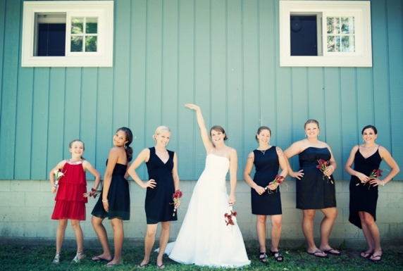 red--white-beach-wedding-by-jenna-rose-5.jpg
