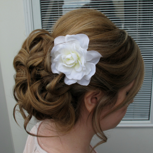 white_gardenia_hair_pin.jpg