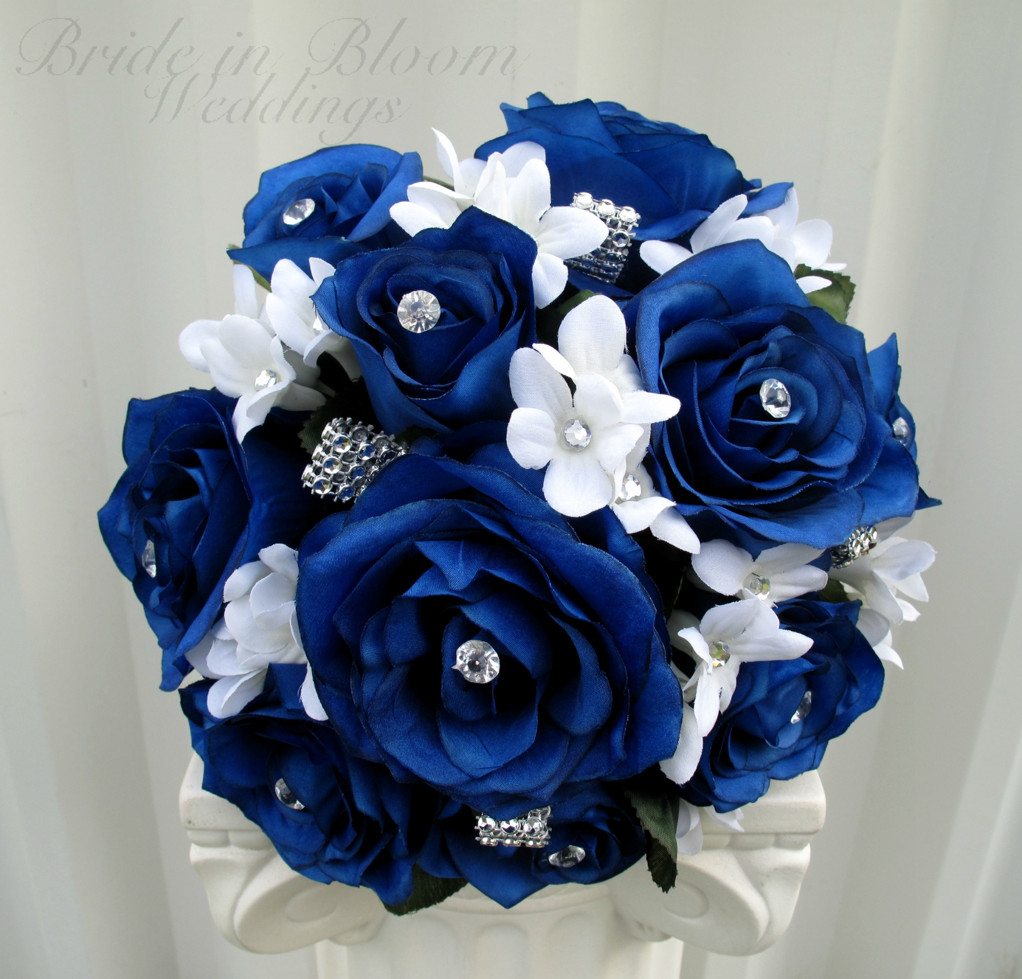 Black rose bouquet lookup beforebuying royal blue and white wedding bouquets izmirmasajfo