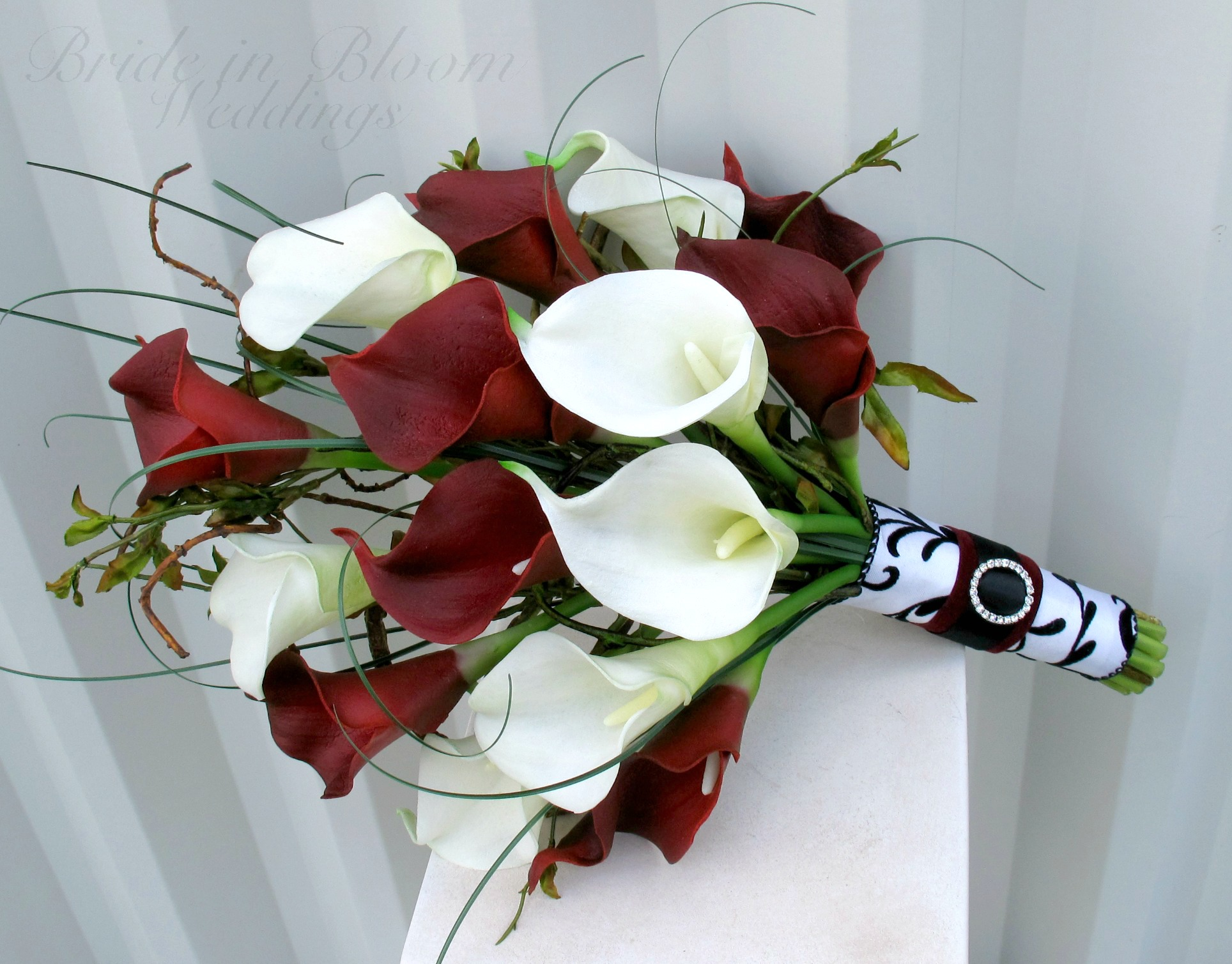 red amp white calla lily wedding bouquet bride in bloom